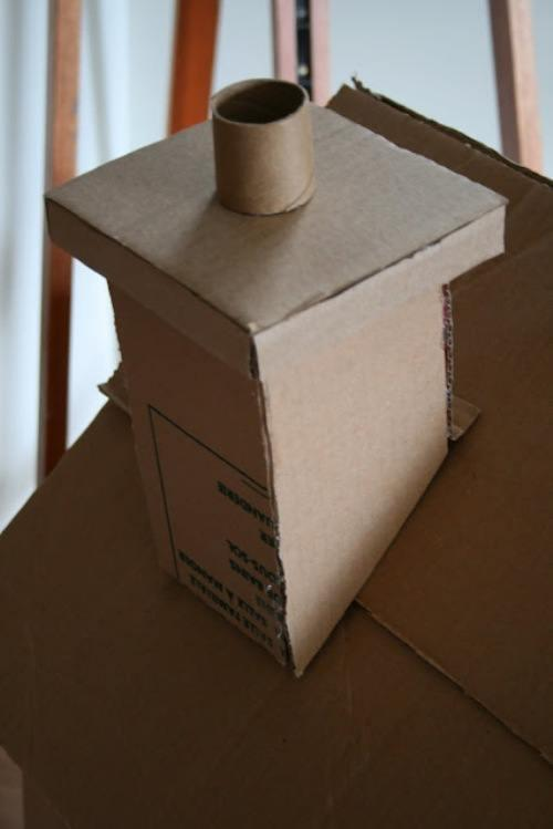 Домик из картона с трубой 5
